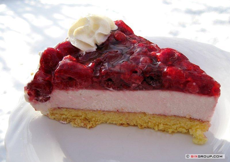 Kuchen mit himbeeren und joghurt
